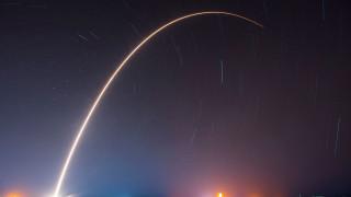 SpaceX с първа крачка към ултрабърз глобален интернет
