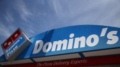 Роботи ще доставят пиците на Domino's по домовете