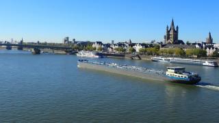 Добри новини за германската икономика - река Рейн се напълни