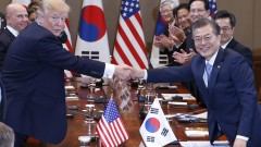 Тръмп доволен, че Южна Корея купува американско оръжие за милиарди