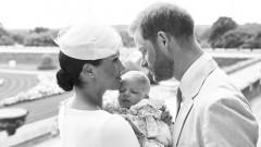 Първи снимки от кръщенето на бебе Арчи