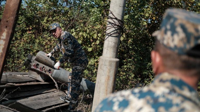 Азербайджан обяви, че при арменски ракетен обстрел по района Барда
