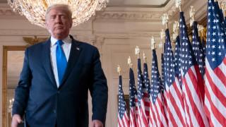 """Тръмп може да бъде изгонен от Белия дом от """"Сикрет сървис"""", ако не се оттегли"""