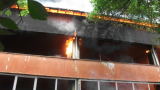 Пожар в баскетболната зала в Ботевград