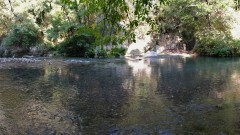 Откриха труп на мъж в коритото на река Крива