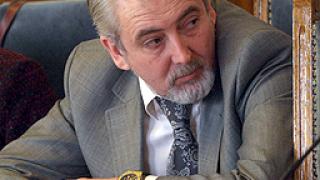 Местан: Компетентността не е само в дипломата