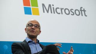 Какво е да работиш с Бил Гейтс: Разказва сегашният ръководител на Microsoft
