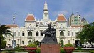 Станишев  ще поднесе цветя през мавзолея на Хо Ши Мин във Виетнам