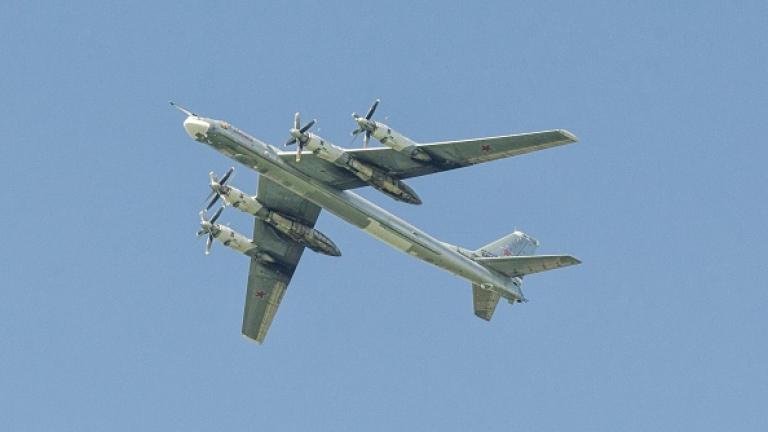 Япония вдигна изтребители срещу три руски бомбардировача