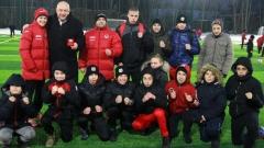 Министър Кралев откри футболно игрище на Локомотив (София)