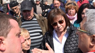 Нинова критикува и Борисов, и Първанов