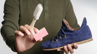 Лесен трик за почистване на обувки от велур