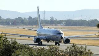 """САЩ проверяват двигатели на """"Боинг 737"""""""