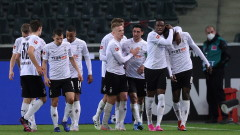 "Борусия (М""Гладбах) надига глава и отново е близо до зона ""Лига Европа"""