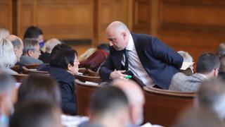 Депутатите се объркаха пак какво и как са гласували