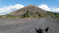 Парикутин - вулканът, изникнал от царевична нива