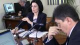 Отстранена съм заради SMS скандала, смята Соня Найденова