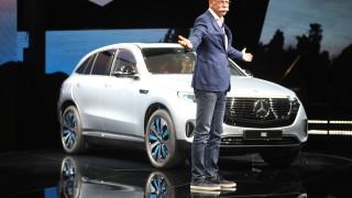 Mercedez-Benz приготви €20 милиарда за компоненти за батерии