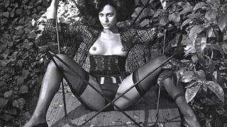 Реклама с Ева Мендес се оказа твърде секси за американците
