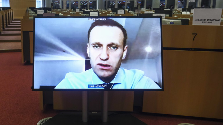 Руският опозиционер Алексей Навални призова ЕС да наложи икономически санкции