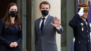 """Макрон все по-притеснен от """"расизираното"""" по примера на САЩ френско общество"""