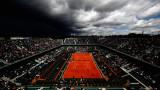 """Дъждът спря мачовете на """"Ролан Гарос"""""""