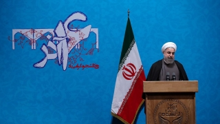 Рохани ще се бори за втори мандат на президентския вот в Иран