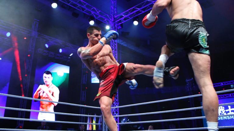 Атанас Божилов с първа успешна защита на световната си титла