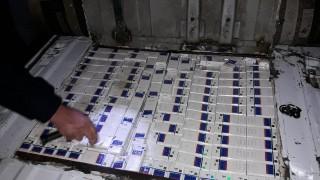 Нашенка опита да пренесе контрабандни цигари в буркани с туршия