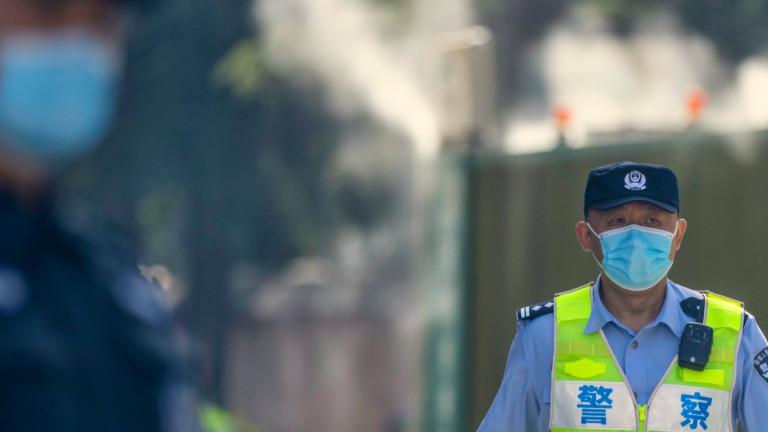 Китай тества 250 000 души след появата на нов Covid клъстер в Ченгду