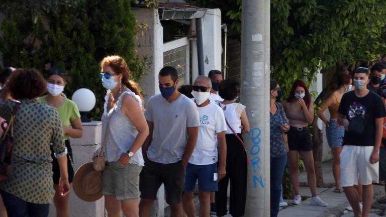 Гърция обяснява: Туризмът не е виновен за скок на заразяване с Covid