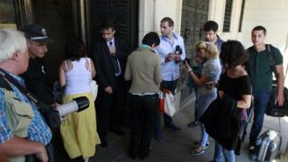 """БНБ раздели медиите на """"избрани"""" и други"""