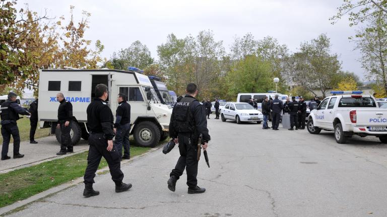 Задържаха трима пълнолетни сирийци край село Баня