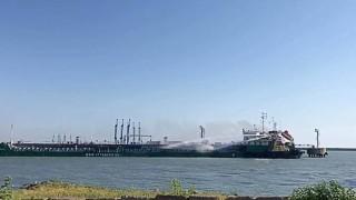 Четири жертви при взрив на танкер в Русия