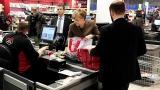 Какво пазарува Ангела Меркел за Коледа?