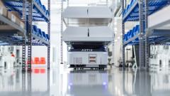 ABB придобива световен лидер в производството на мобилни роботи