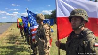Обучаваме натовски бойци на английски език