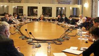 Спад от 60.6% на чуждестранните туристи у нас отчете Николова пред депутатите