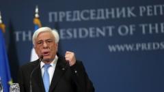 Самолетът на президента на Гърция направи аварийно кацане на Крит