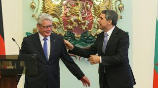 ЕС е единствената рецепта за мир, убеждава Плевнелиев