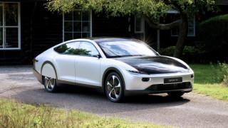 Соларният автомобил, който едва ли ще успеем да си купим