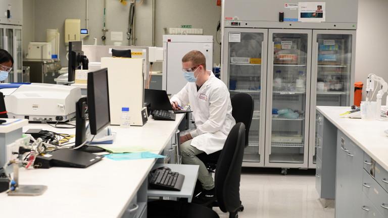Швейцария запазва 5,3 милиона дози ваксина на AstraZeneca