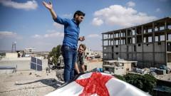Първа голяма група бунтовници се изтегля от демилитаризираната зона в Идлиб