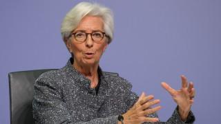 """Лагард не е """"твърде притеснена"""" от опасността от разпадане на еврозоната"""