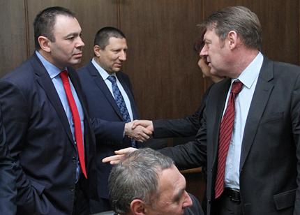 Главсекът на МВР и шефът на ДАНС хвърлиха оставки