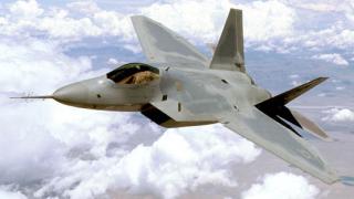 България влага милиарди евро в сделки за военно оборудване