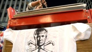 Сблъсък между привърженици и противници на Тръмп в Калифорния