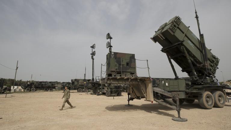 Подкрепяна от Иран милиция изстреля ракети към Израел от Сирия