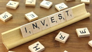 Как да инвестирате в среда на понижение на лихвите?