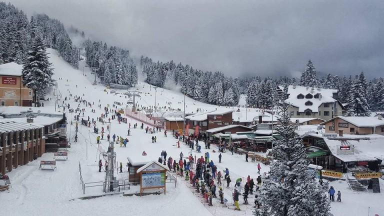 Николова: Загубите при пълното затваряне на зимния туризъм възлизат на 1 млрд. лв.